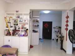 (政务区)福海园2室2厅1卫64万89m²简单装修出售,